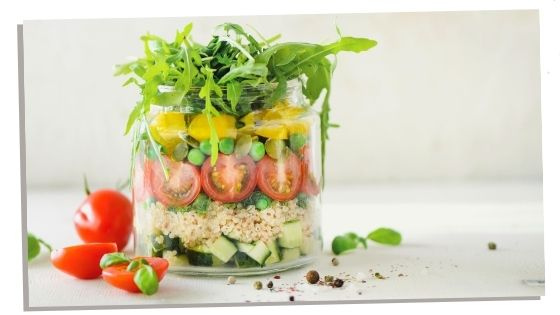 Eating a healthy balanced diet during first trimester of pregnancy